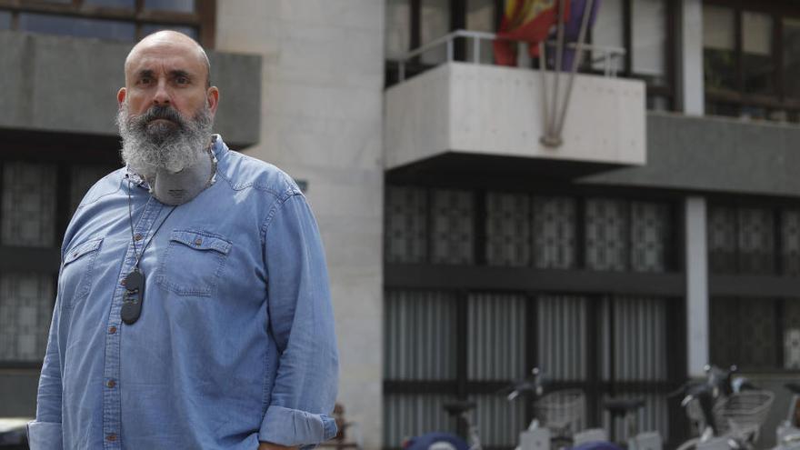 """Enric Nomdedéu: """"Estos días Mercadona nos está  demostrando que sin cerrar a las diez podemos tener la nevera llena"""""""