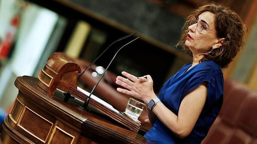 El Gobierno salva su decreto de interinos por los pelos