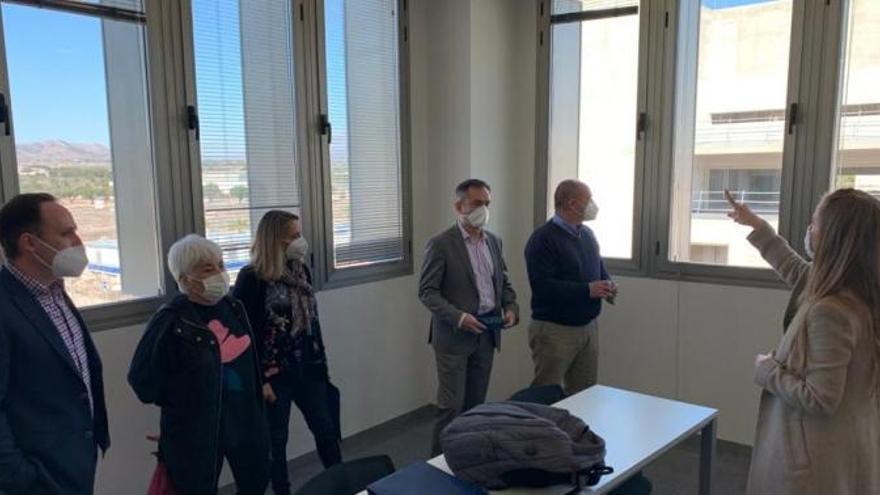 La Universidad de Alicante y el Puerto se alían para favorecer el desarrollo de iniciativas innovadoras
