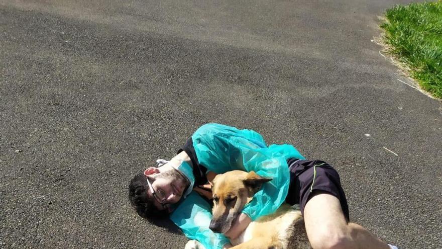 """David Alonso ya descansa en casa tras superar el coronavirus: """"Es duro no poder abrazar a la familia"""""""