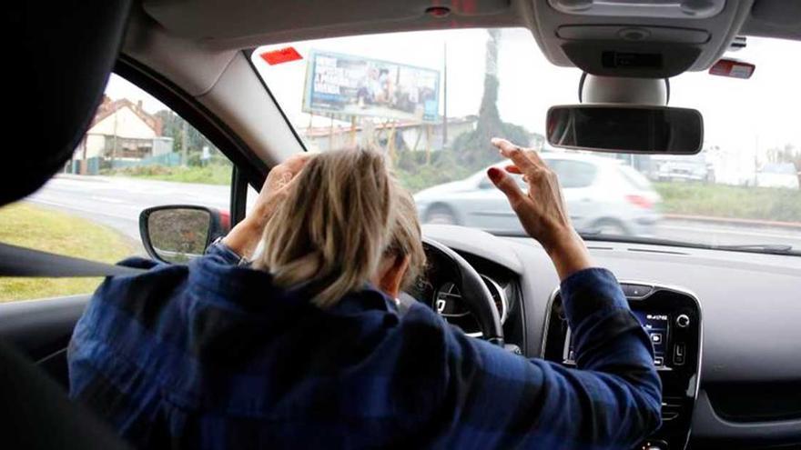 Hasta 200 euros de multa por no llevar esto en tu coche: muchos conductores sorprendidos