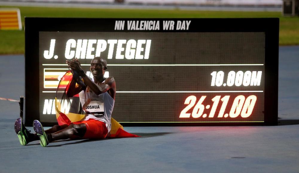 Cheptegei bate el récord del mundo en València