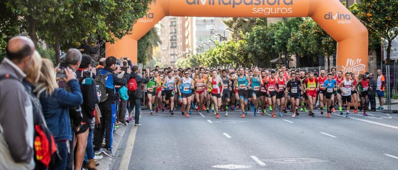 Ismael Quiñones y MªJosé Cano ganan  la 7ª Carrera Universitat de València