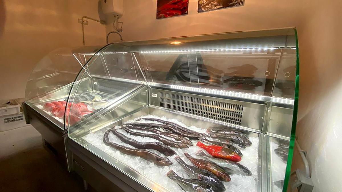 El nuevo punto de venta de pescado en El Pinar.
