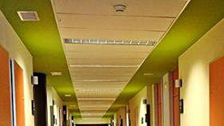 Una planta de hospitalización del hospital Virgen de la Concha.
