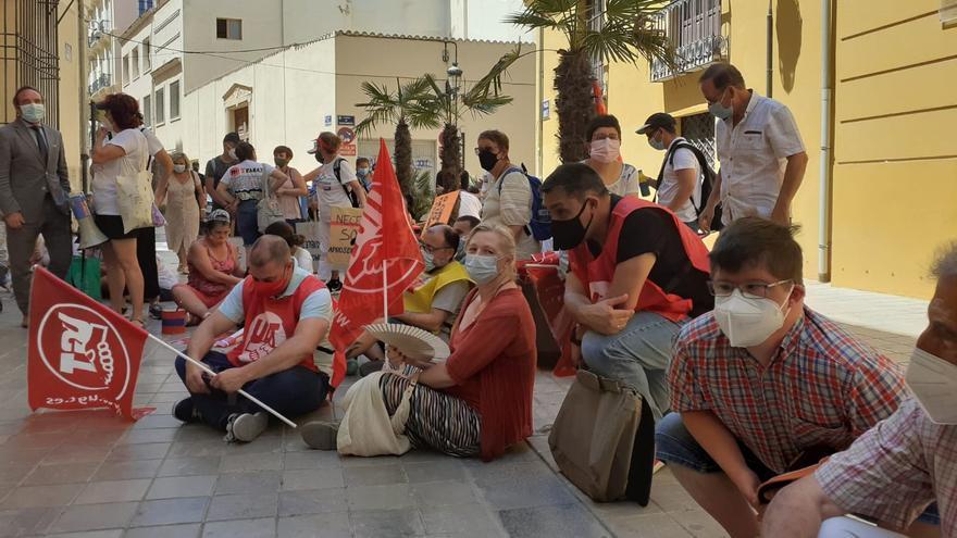 Mónica Oltra se compromete a pagar entre mañana y el lunes dos facturas al centro de diversidad funcional de la Xara