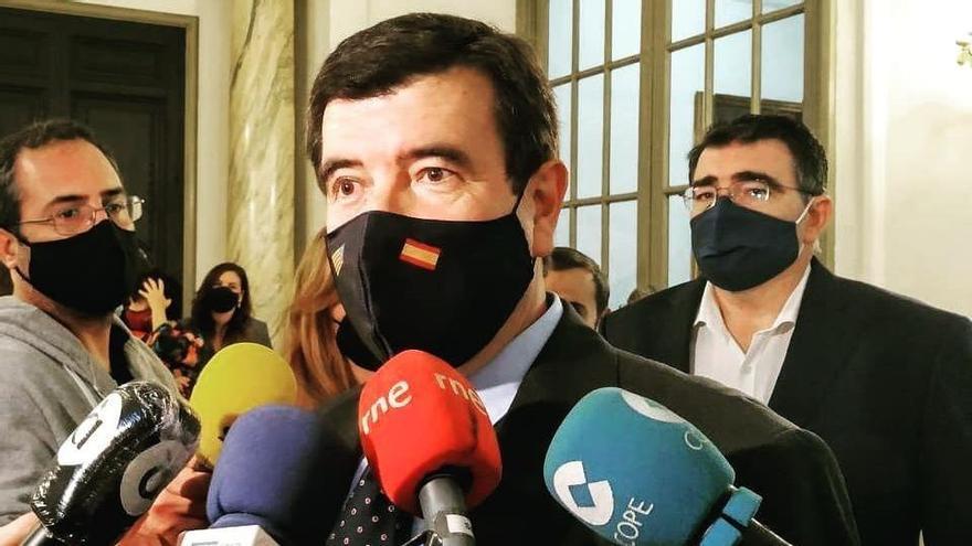 Giner (Cs) pide a Ribó saber qué acciones se celebrarán en València por el Día de la Constitución