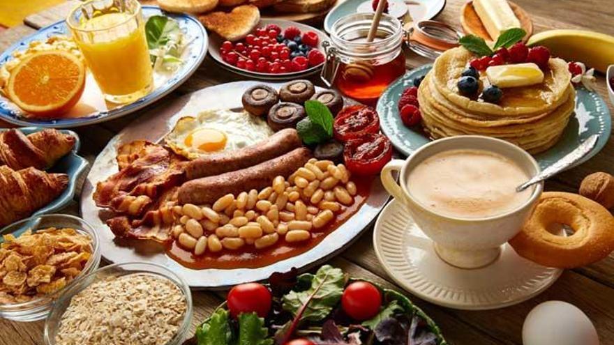 Cinco combinaciones de alimentos que te perjudican