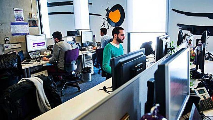 El 86,6% dels catalans té accés a internet per banda ampla  a 100 megabites per segon