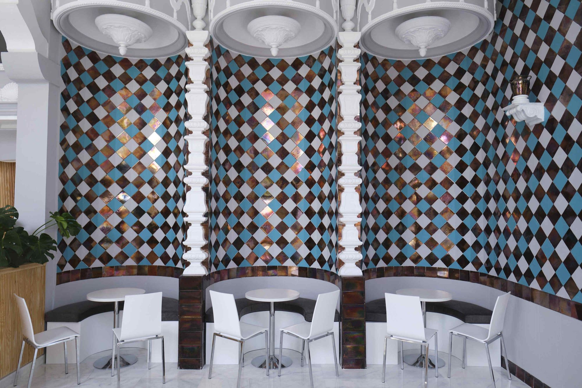 Reapertura del Bar Cafetería Atlántico