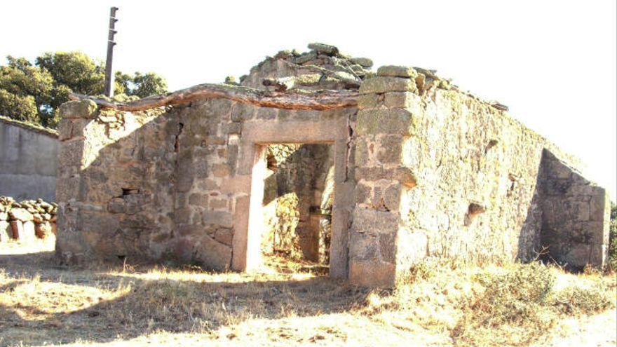 """La ermita del Humilladero, en Villamor de Cadozos (Zamora), en la Lista Roja del Patrimonio por su """"riesgo de colapso"""""""