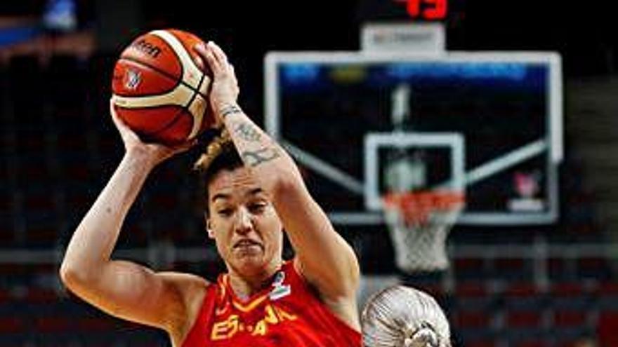 España solventa con los triples su debut en el Eurobasket ante Ucrania