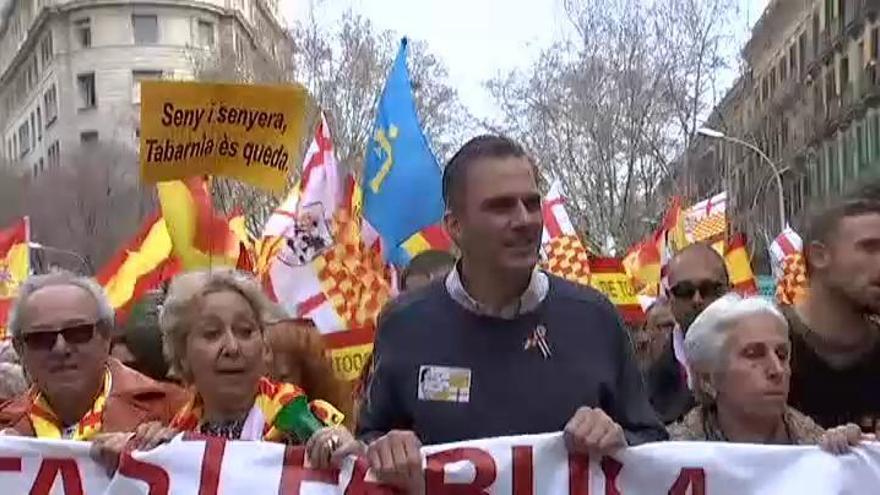 'Tabarnia' celebra su primera manifestación en Barcelona