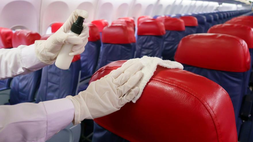 Adecco busca personal para limpieza de aviones en el aeropuerto de Tenerife Norte