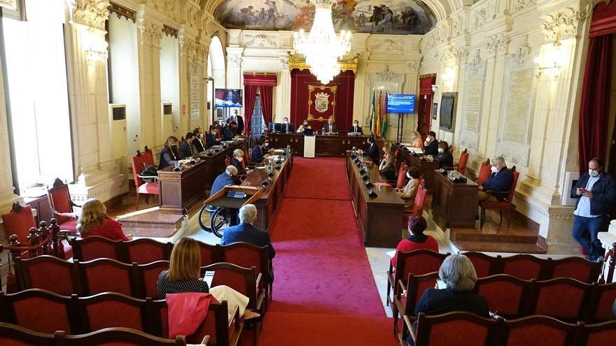 El Pleno aprueba los presupuestos de la ciudad para 2021 con la abstención del PSOE