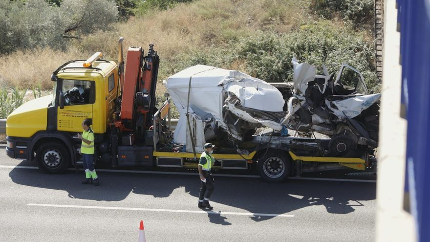 Dos accidentes colapsan la A-7 entre Sagunt y Puçol