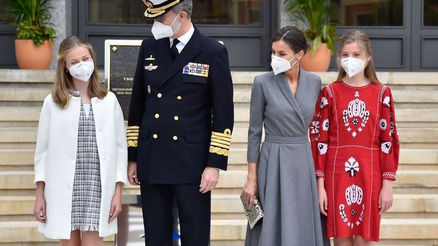 La princesa Leonor amadrina el primer submarino cien por cien español