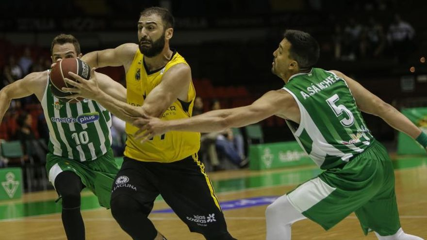 El Tenerife completa los 'playoffs' de la ACB