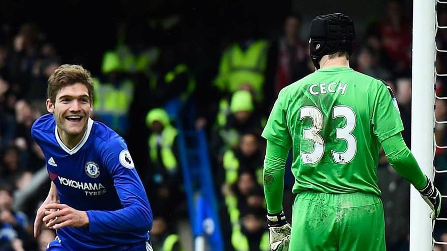 El Chelsea, firme hacia el título tras ganar al Arsenal