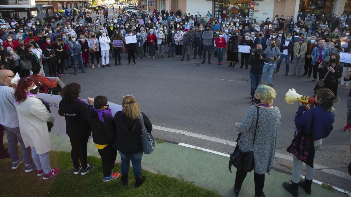 Un momento de la concentración de ayer en el Port de Sagunt