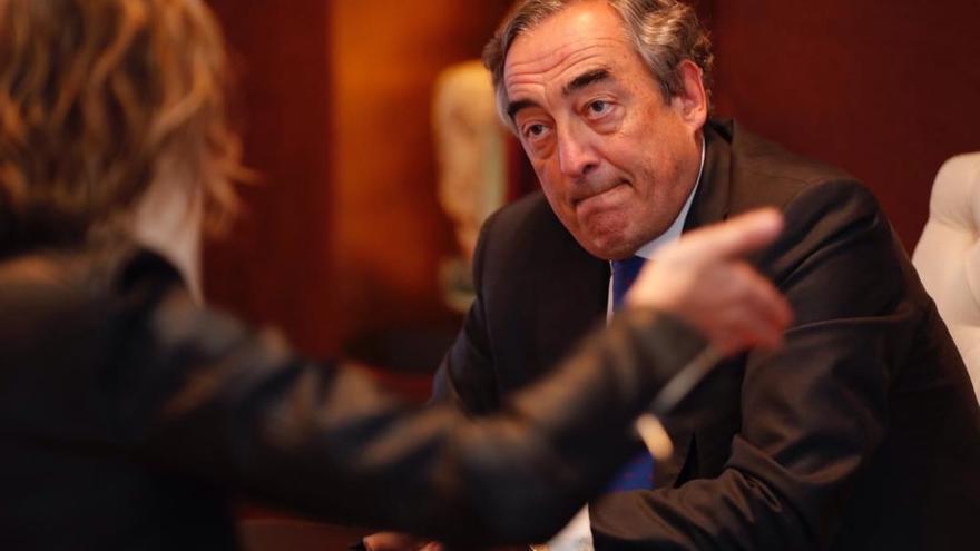 Rosell plantea que patronal y sindicatos cobren por negociar convenios