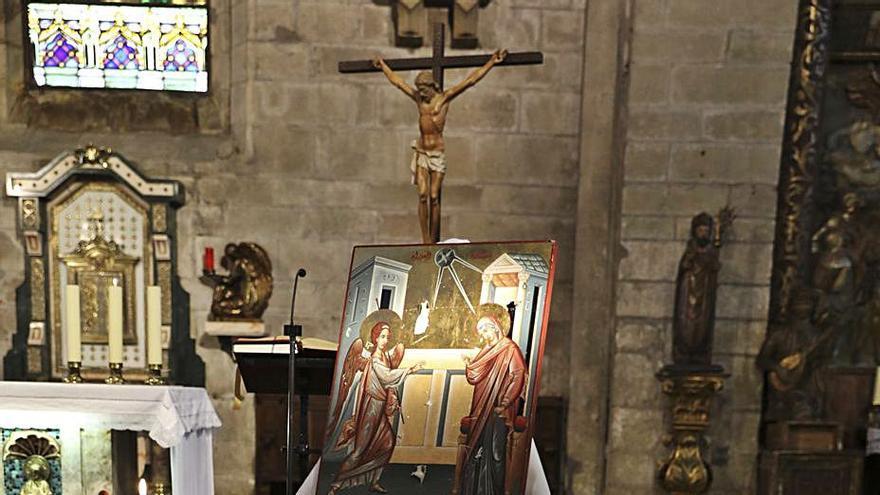 La iglesia de San Nicolás exhibe un icono tiroteado en la guerra de Siria