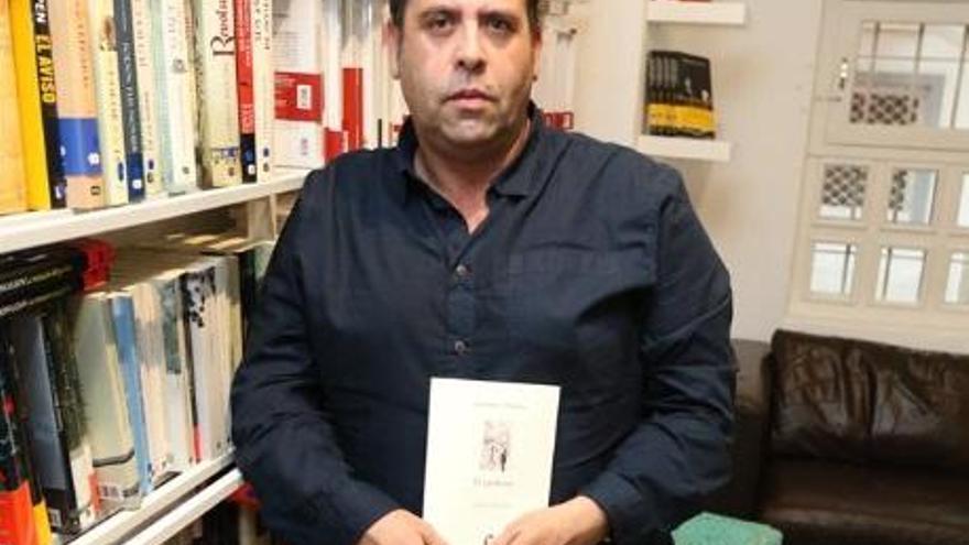 «La vida, como mi novela, nos reserva algunas sorpresas»