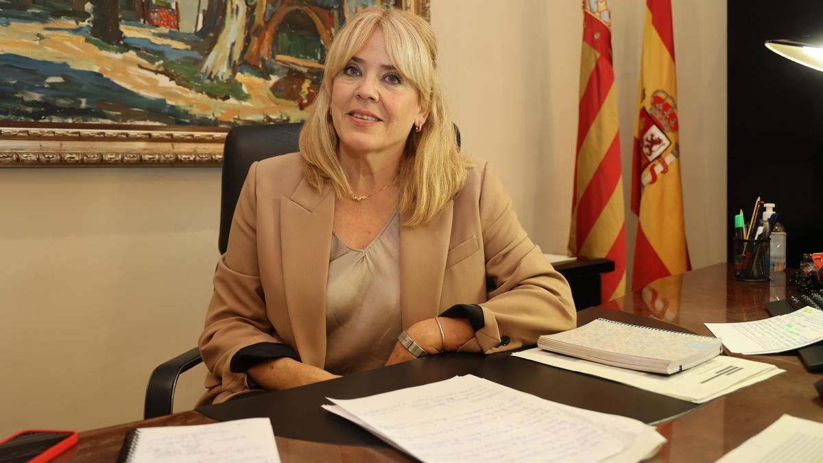 La directora de la Agenda Valenciana Antidespoblament, Jeanette Segarra, en su despacho de la Casa dels Caragols, sede del Consell en Castelló