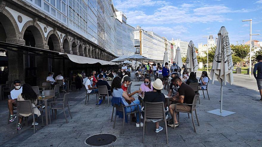 Desescalada A Coruña y Galicia | La hostelería reabre con un registro QR, pero su uso no es obligatorio