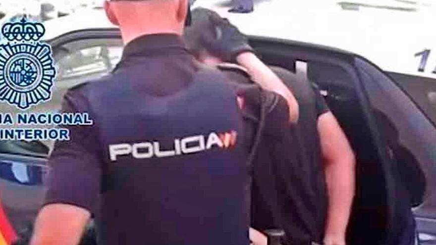La Policía arresta 172 personas en las Islas  por la falsificación de carnés de conducir