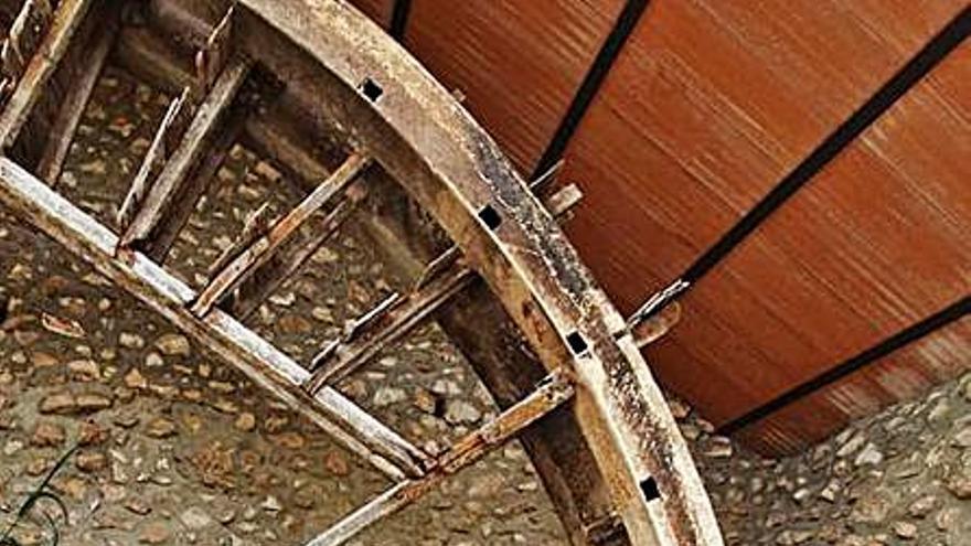 Los vándalos provocan graves destrozos en la histórica Roda de Turís
