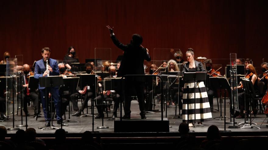 Orquesta de Córdoba: Cantos y danzas negras para un clarinete acompañado