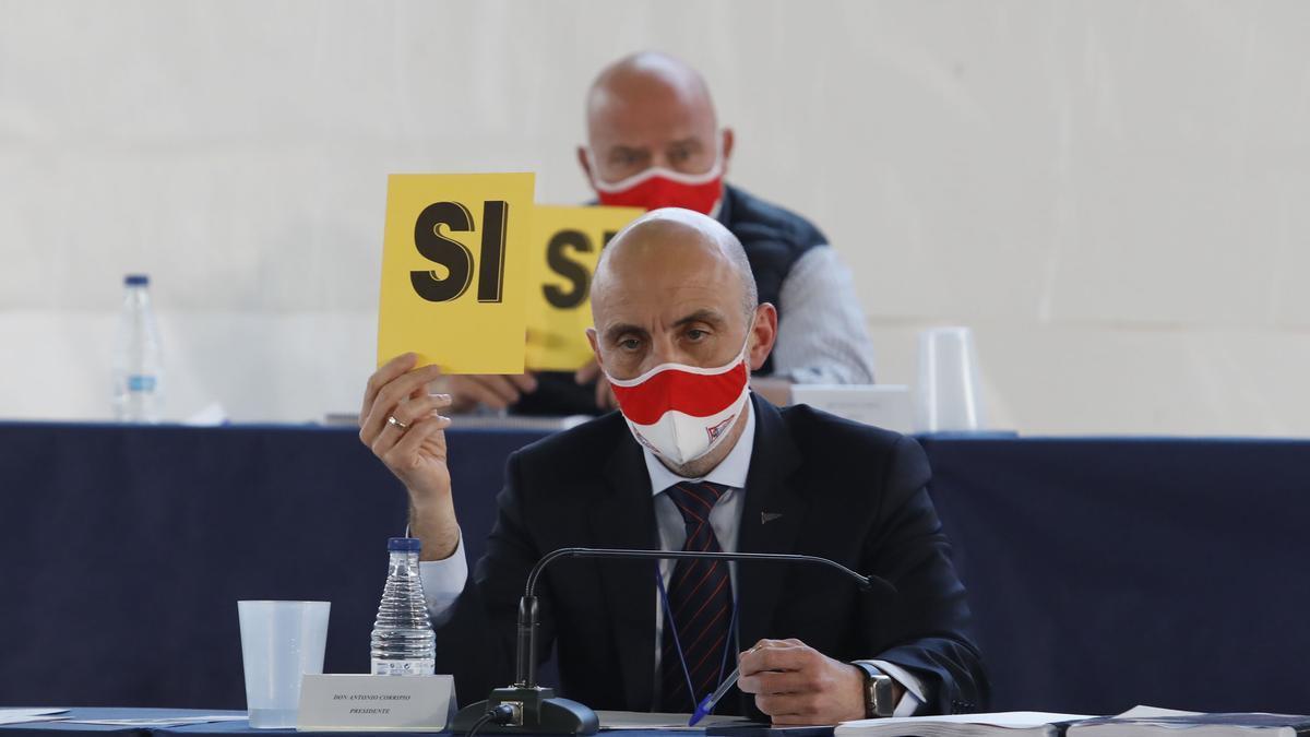 Antonio Corripio, en la asamblea del Grupo.