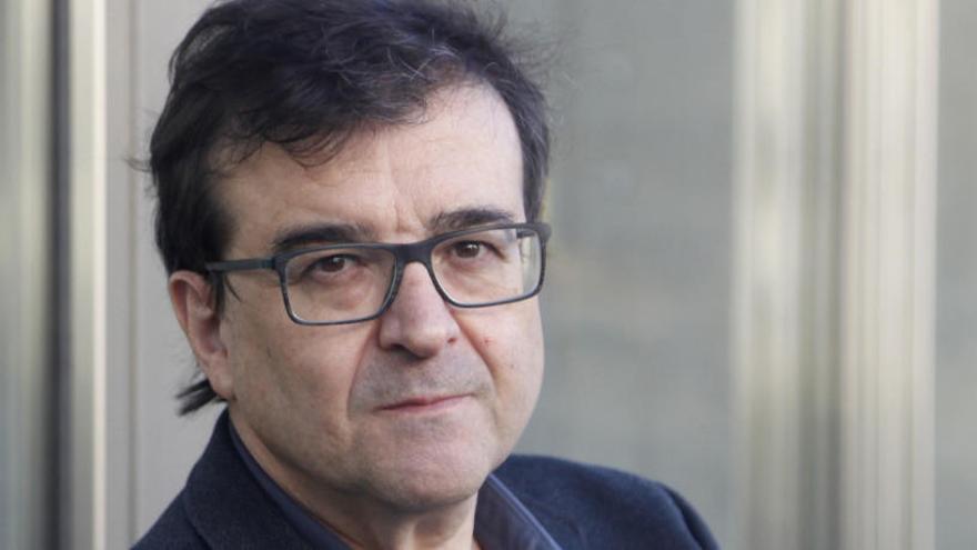 Javier Cercas: «No basta con contar la verdad, también hay que desmontar las mentiras»