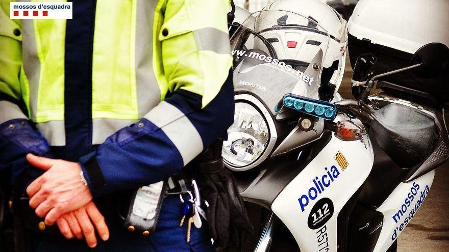Investigan la muerte de un turista en un supermercado de Barcelona tras tragarse la llave de su coche