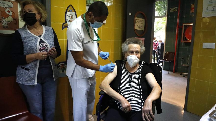 """""""No les tengo miedo ni a la covid ni a la gripe, pero sí respeto. Por eso me vacuno"""""""