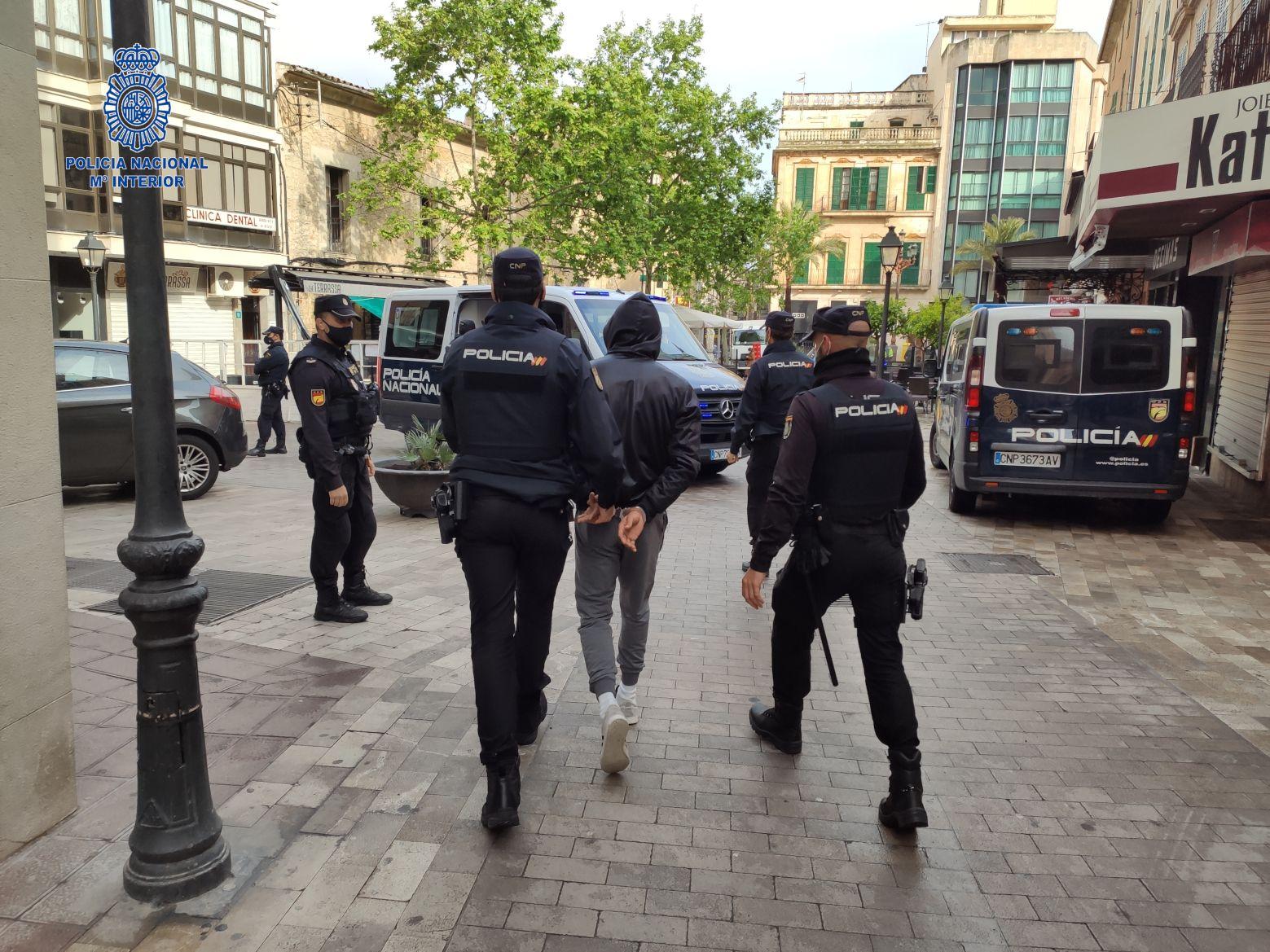 Diez detenidos en la operación contra los ladrones de casas de Mallorca