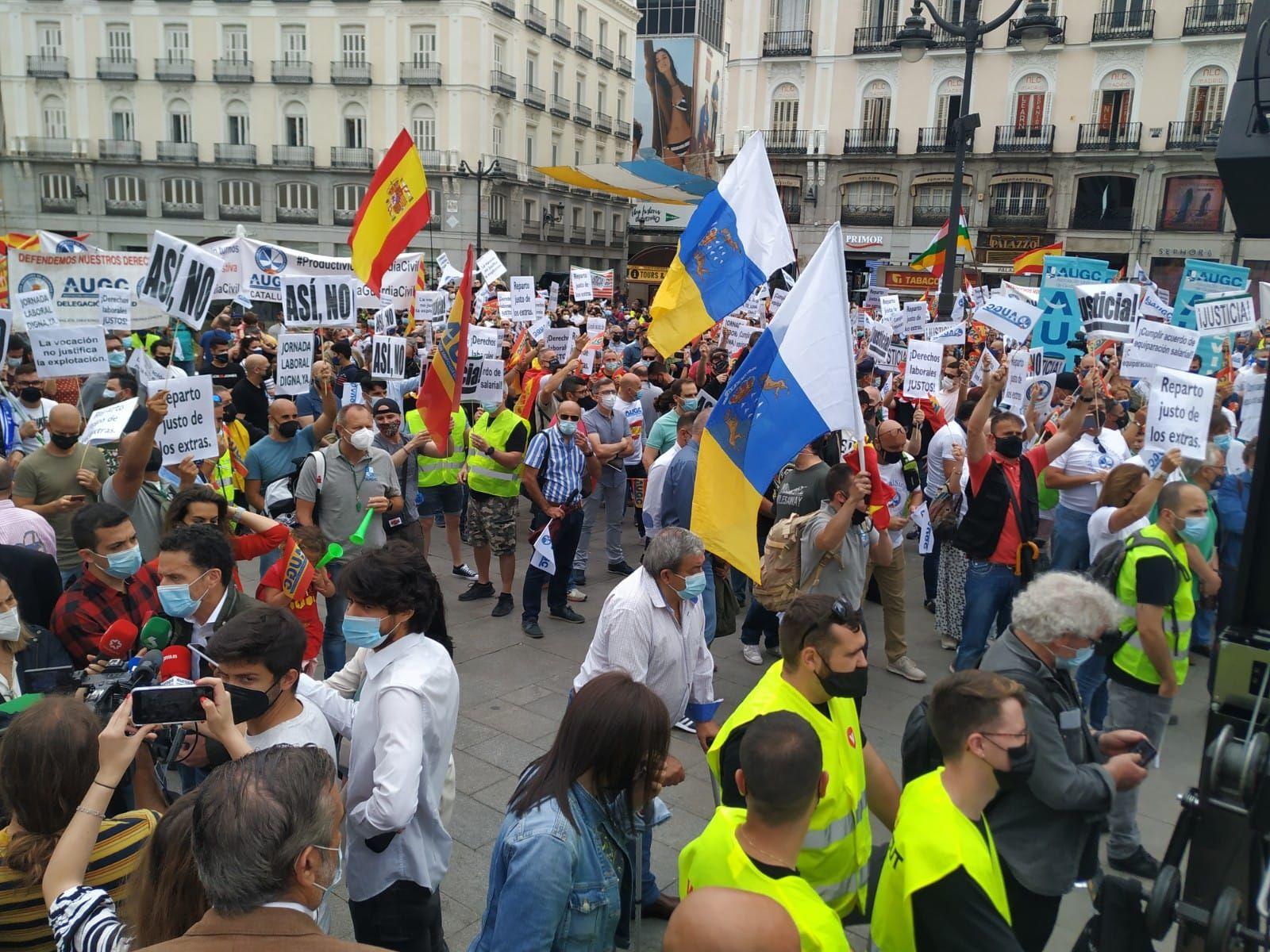Protesta de guardias civiles en Madrid por sus condiciones laborales