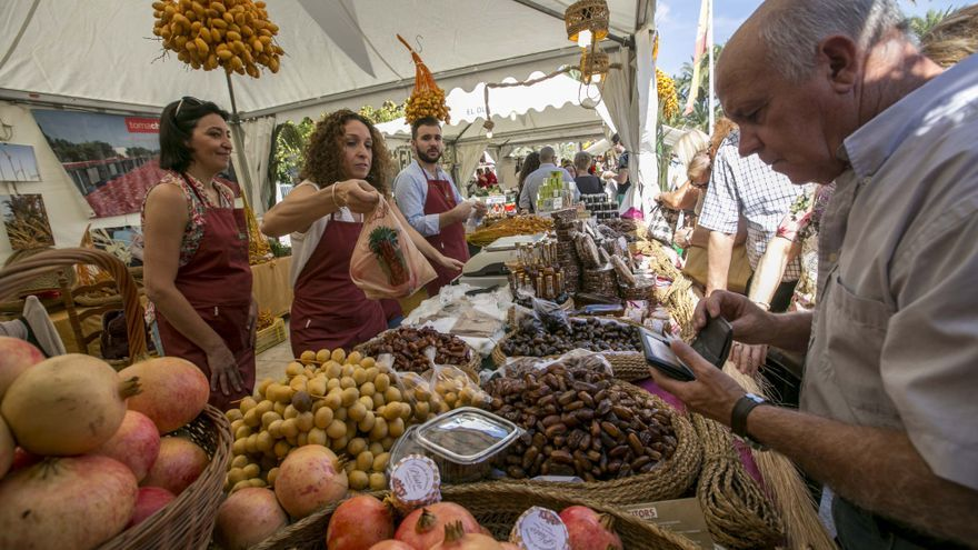 La UMH prepara un libro sobre la tradición culinaria del dátil en Elche