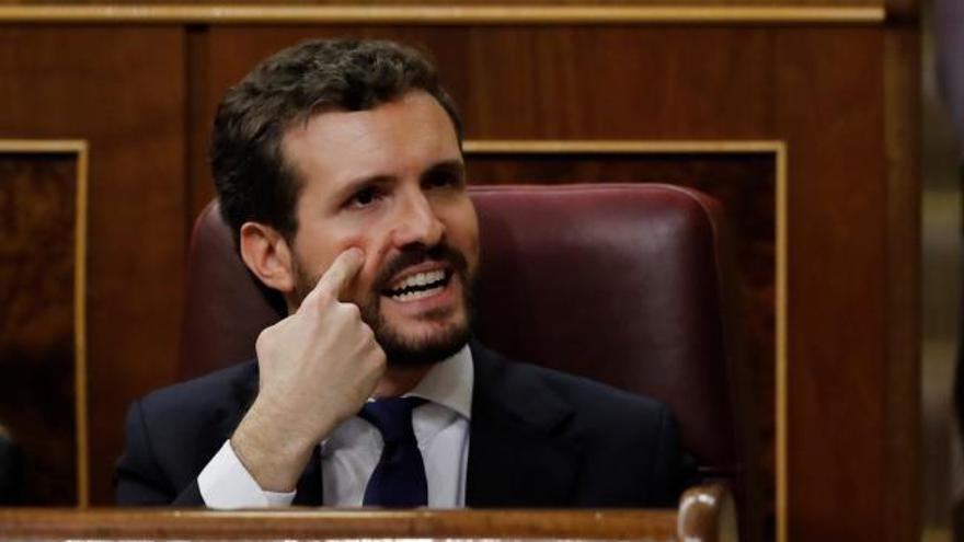 Casado amenaza a Sánchez con acusarle de prevaricación