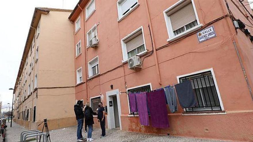 Detenidos unos padres por asesinar a su hija de dos años en Zaragoza