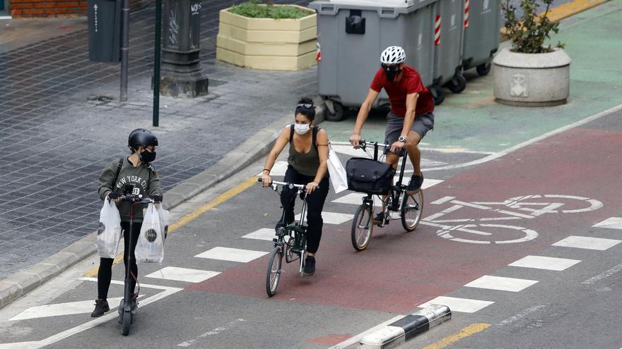 La circulación en carriles bici y en calzada debe estar acompañado de normas y recomendaciones
