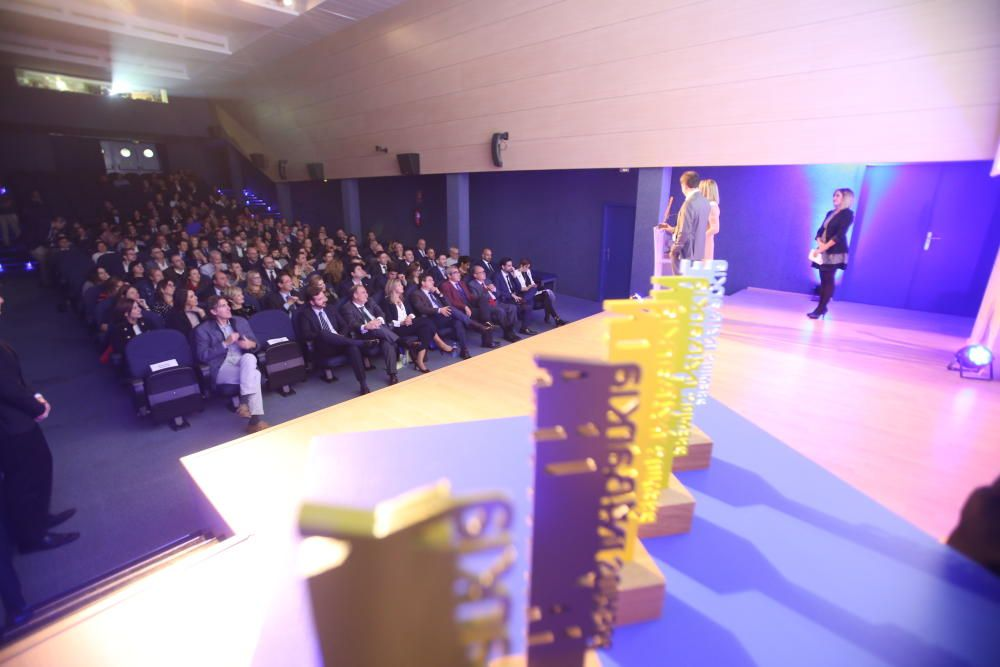 Los galardones reconocen a destacadas empresas alicantinas