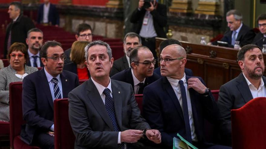 Los exconsellers presos irán al Parlament el día 28