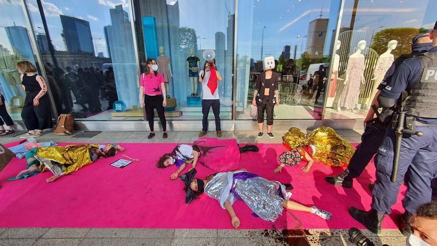 Un mundo consumido por la moda rápida