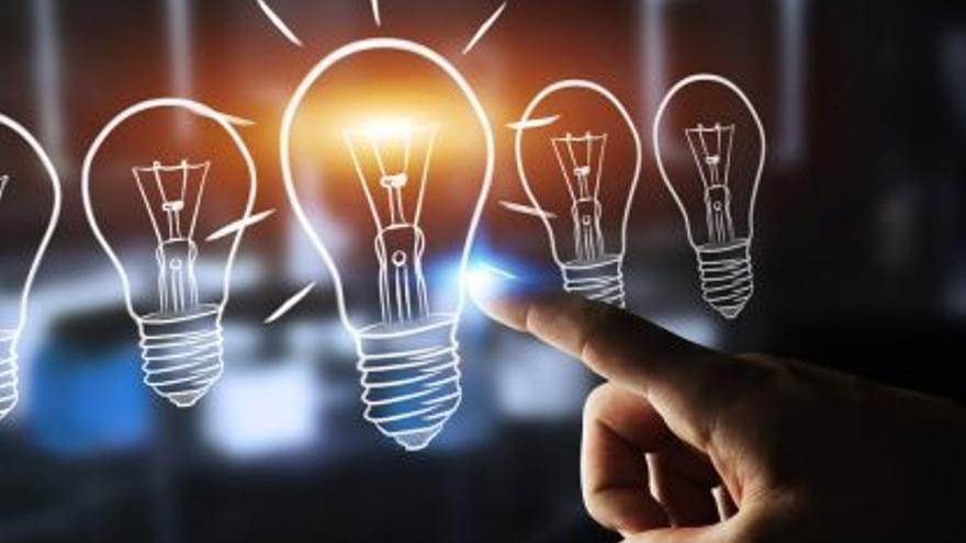 Voluntarios de Endesa ayudarán a más de 360 familias de Canarias a reducir su factura de la luz