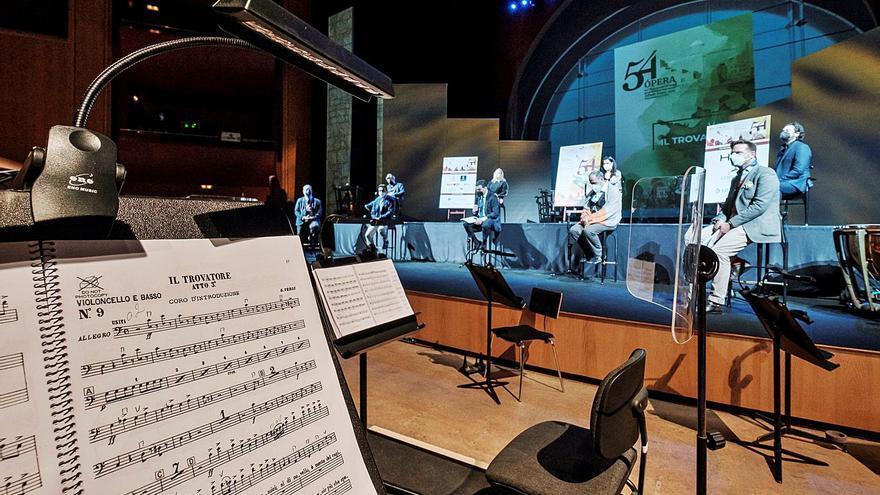 Verdi se acomoda a la sala sinfónica