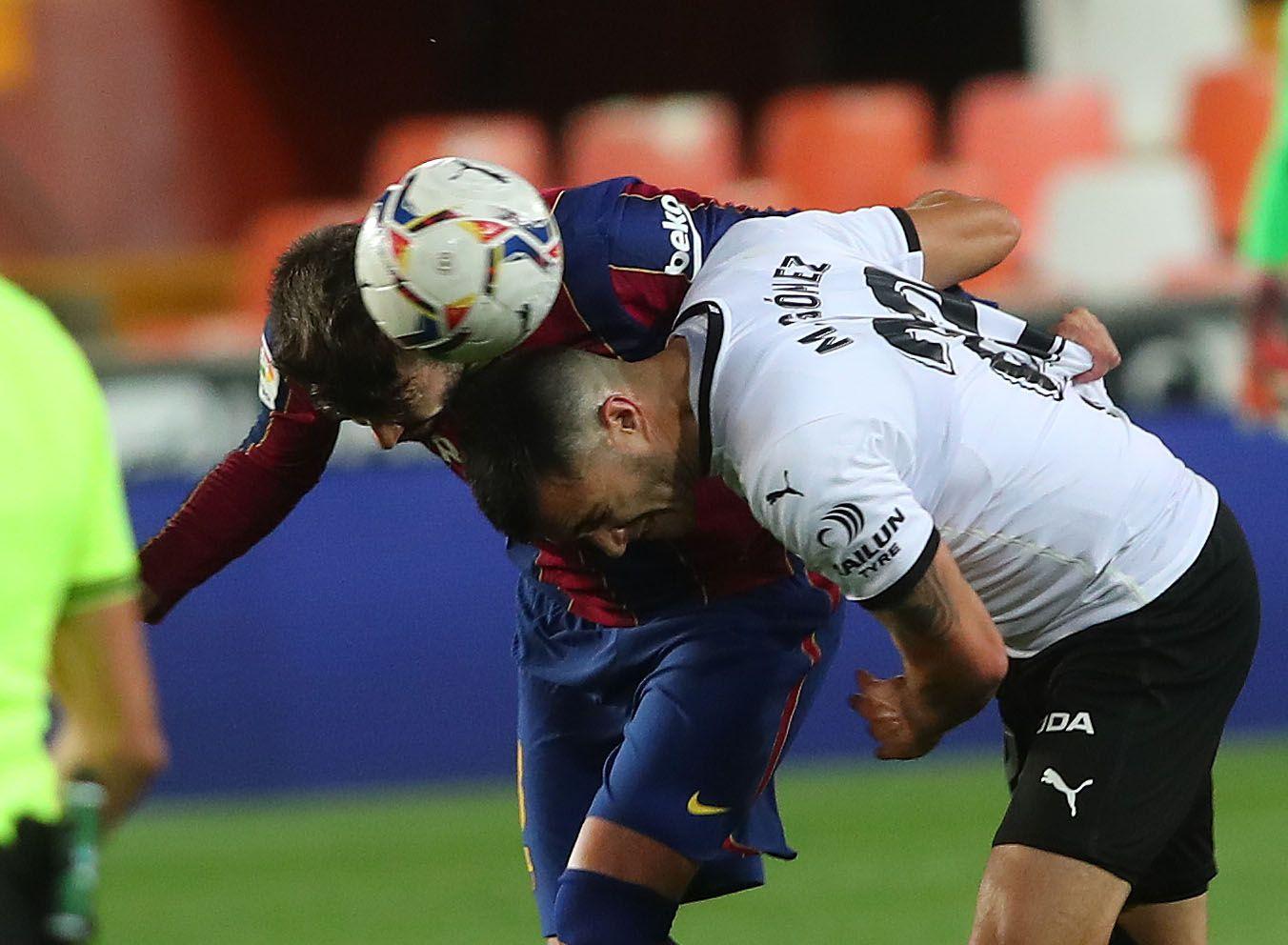 Todas las imágenes del partido entre el Valencia CF y el Barcelona