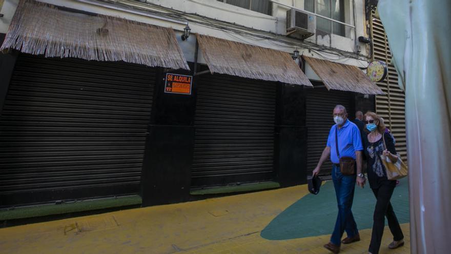 El Gobierno obligará a los grandes propietarios a rebajar un 50% el alquiler de bares y locales
