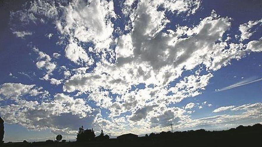 Tiempo en Aragón: Intervalos nubosos en la depresión del Ebro
